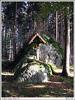 Křížek v lese