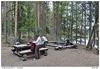 Ohniště u chaty v Ansakämppä